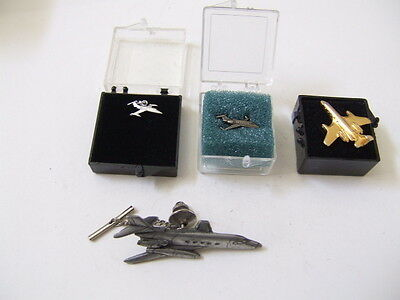 Collectable  Airplane Lapel  Pins  Estate.