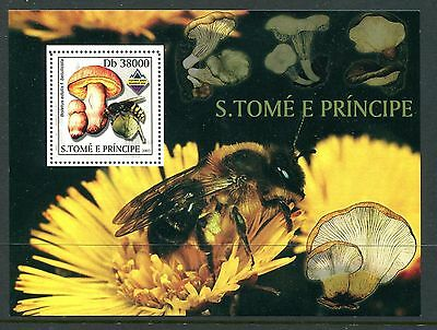 Sao Tome & Principe 2003 Mushrooms Fungi 1v MS MNH