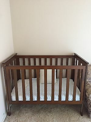 Baby cot/bed With Mattress