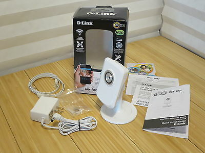 White D-Link Day Network Wi-Fi Camera With Microphone Remote Viewing DCS-930L