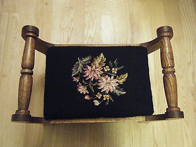 VINTAGE Solid Oak FOOT STOOL EMBROIDERED NEEDLE POINT, FLOWERS
