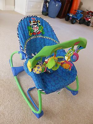 Fisher Price 'Calming Vibrations' baby toddler rocker swing with  Play-Gro toys