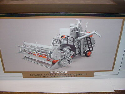 New 1/16 Allis Allis Chalmers Gleaner A Combine by SpecCast NIB! 1 of 300!