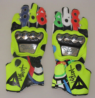 VALENTINO ROSSI Hand Signed Gloves x 2 + PROOF  * BUY GENUINE ROSSI *