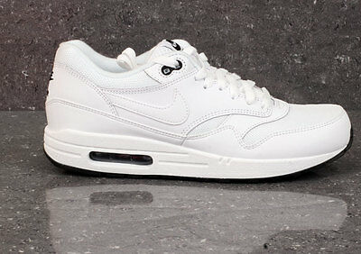1d27a52a3ae78 Nike Air Max 1 Triple Blanc Essential Noir 90 Force Baskets