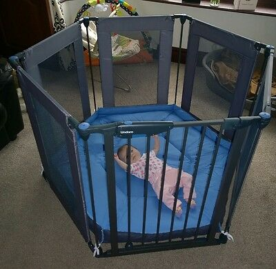 Lindam Safe And Secure Fabric Playpen Excellent Condition Barely Used