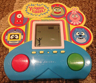 Yo Gabba Gabba Handheld Game~Zizzle 2009~Rare~Works Great!