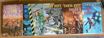 Tanya Huff  ~ Lot of 5 PB Books ~ Confederation of Valor Series