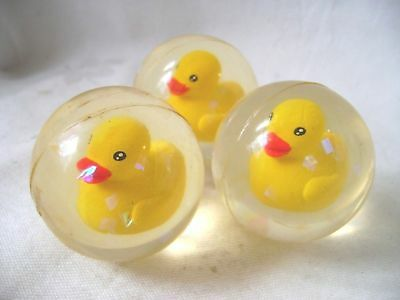 NEW SET OF 3 3D YELLOW DUCK BALL GLITTERY RUBBER BOUNCY BALL 4cm TOY PUCK BAL46
