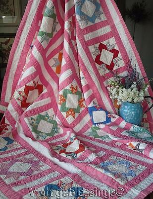 """Beautiful VINTAGE 30s Pink Star or Laurel Wreath QUILT 78x67"""" Charming Fabrics"""