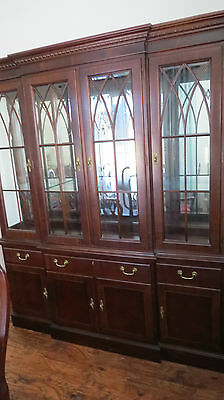 Ethan Allen China Cabinet Breakfront Mahogany Chippendale Set