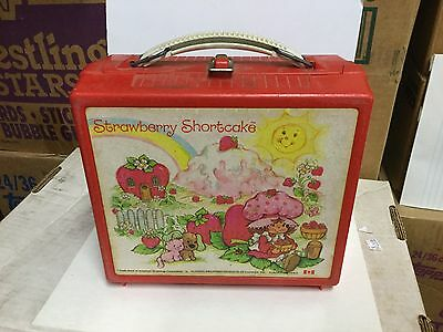 Strawberry Shortcake lunch box 1980s