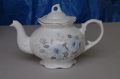 Vintage Teapot Bone China England 4-6 cup