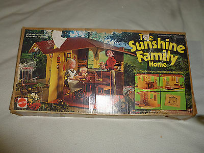 Vintage Boxed The Sunshine Family Home Playset Figures Mattel Rare No 7801 1974