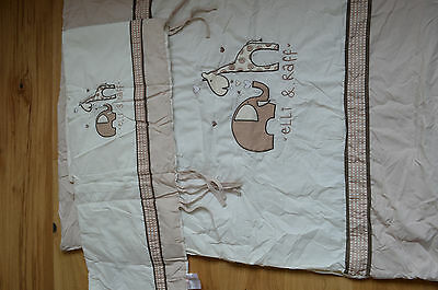 Ellie and Raff blanket (114x94cm) and Cot bumper set.
