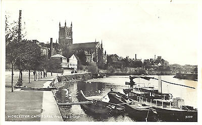 UK Old Postcard Worcester - Cathedral from the Bridge