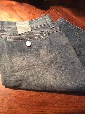 NWT Old Navy Size 10 Women's Jean Shorts