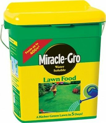 Miracle-Gro Water Soluble Lawn Food Tub Grass Rich Green Grow 2kg NEW