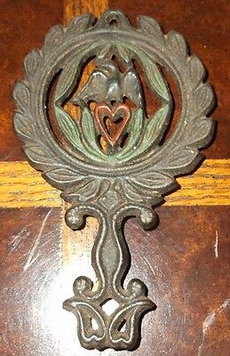 Vintage Wilton Miniature Cast Iron Trivets Eagle Wreath