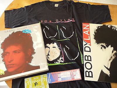 "Bob Dylan 5 items:""Biograph Box"" 5LPs+«Never Ending Tour»Program+1xTicket unused"