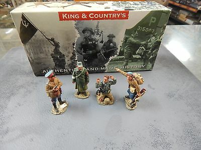 King and Country WW2 Russian with German prisoners set RA12