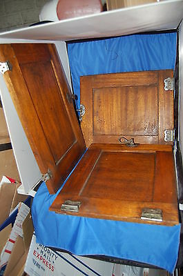 ANTIQUE ICE BOX OAK DOORS w/ LATCHES AND HINGES 33264 NICE!