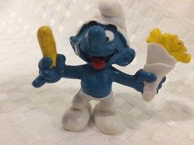 Vintage Smurf With French Fries Schleich Peyo Germany 1981.
