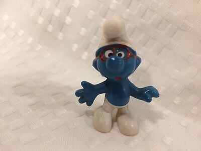 Vintage Brainy Smurf with red glasses Schleich Peyo Hong Kong 1969 .