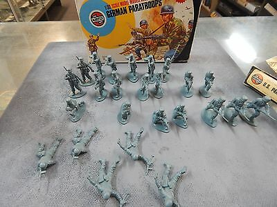 German Paratroopers 1/32 scale plastic toy soldiers by Airfix with box