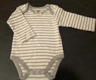 Baby Girl/Boy Grey and White Romper - Size 00 - Fits 3-6 mths -  BNWOT