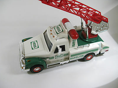 Hess 1994 Annual Collectible Toy: Rescue Truck with Ladder — MIB!!!