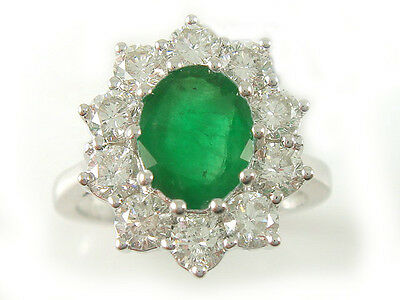 18ct White Gold 1.50 cts Diamond & Emerald Cluster Ring ND027