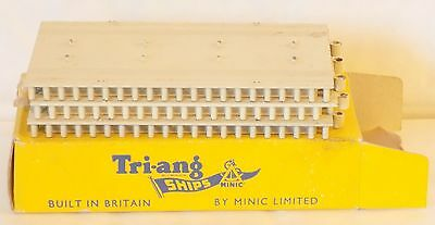 Tri-ang Minic Ships (1959-64) M.836 Quay Straight Section,Trade Box of 3.