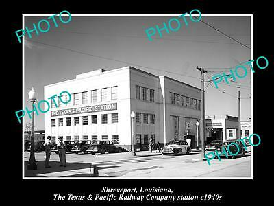 OLD LARGE HISTORIC PHOTO OF SHREVEPORT, TEXAS PACIFIC RAILWAY Co STATION c1940
