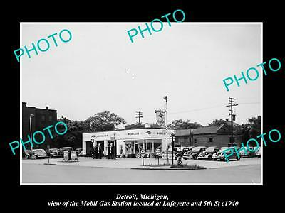OLD LARGE HISTORIC PHOTO OF DETROIT MICHIGAN, THE MOBIL OIL Co GAS STATION No 12