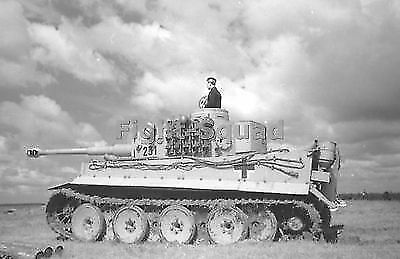 WW2 Picture Photo Russia 1943 German Army Tiger I heavy tank number 231  1855