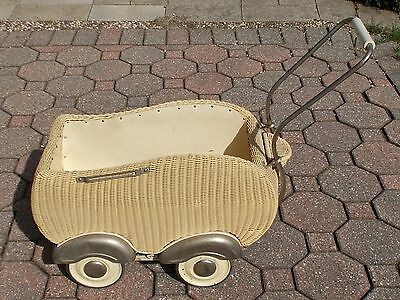 Vintage Antique WICKER BABY BUGGY CARRIAGE STROLLER Metal Wheels Storage Doll