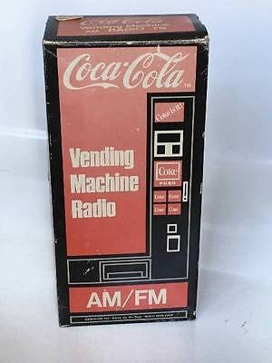 1982 Coca Cola Vending Machine Shaped Radio Original Box Never Used
