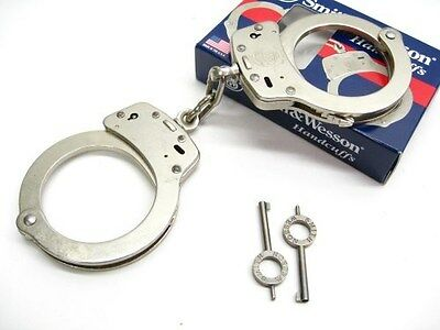 SMITH & WESSON S&W Chain Link Model 100 Nickel Handcuffs + Keys! 350103