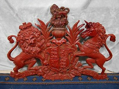 Cast Iron Large Royal Coat Of Arms Of The United Kingdom.