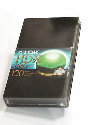 Cassetta VHS TDK HD-X PRO 120 con custodia rigida - Video tape
