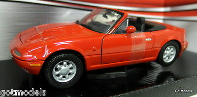 Motormax 1/24 Scale 73262B Mazda MX5 Roadster MK1 Miata Eunos etc red Model Car