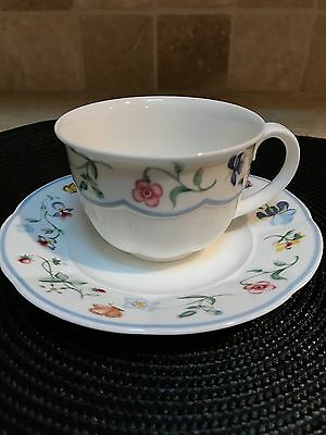 Mariposa Tea Cups and Saucers by Villeroy & Boch - Set of 8