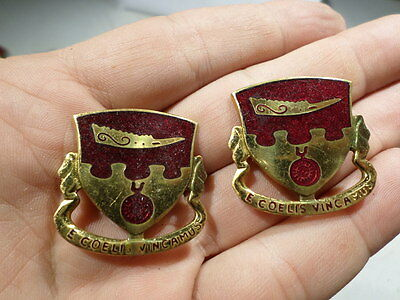 WWII Post Matching Pair 675 Airborne Field Artillery DI DUIs