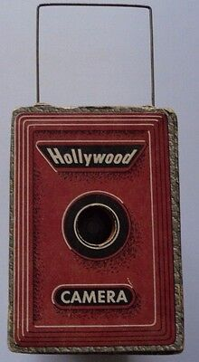 Vintage Hollywood Encore Box Camera Early Disposable Nice Un-Mailed, Cardboard