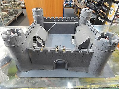 28mm Castle 4 piece foam with laser cut tower hoardings.