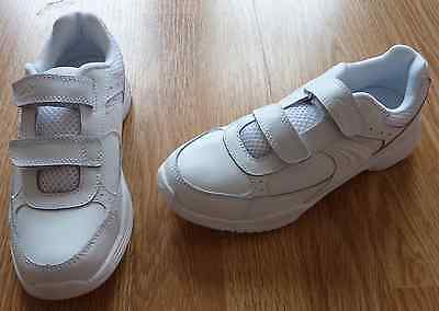 Boys Clarks /'Fluency Go/' White /& Navy Trainers Great Price!