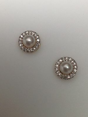 10K Yellow Gold 4mm Pearl and 0.10ct twt Diamond Halo Stud Earrings New