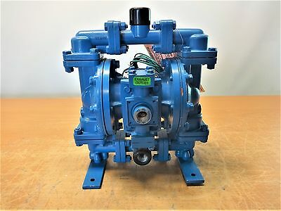 "Sandpiper 1/2"" Air Double Diaphragm Pump 125 Psi, S05B1A2Tans700."
