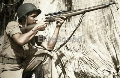WW2 Photo Picture U.S. Marine with 1903A4 sniper rifle and M1 Helmet # 406